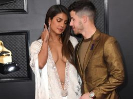 Priyanka Chopra and Nick Jonas Photo