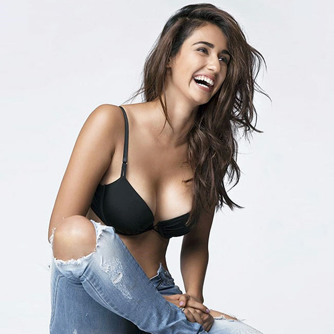 disha-patani-hot-images