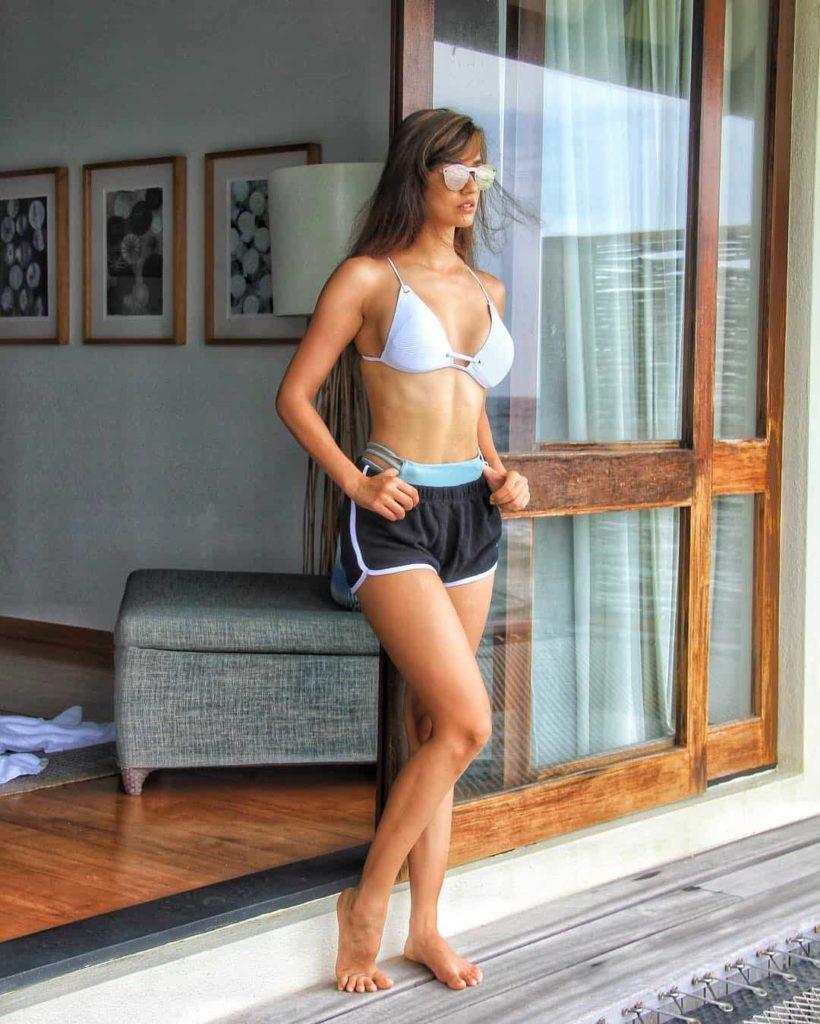 disha-patani-bikini-figure
